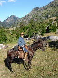 Steven and his hores Canela on a ride in NP huerquehue, Chile
